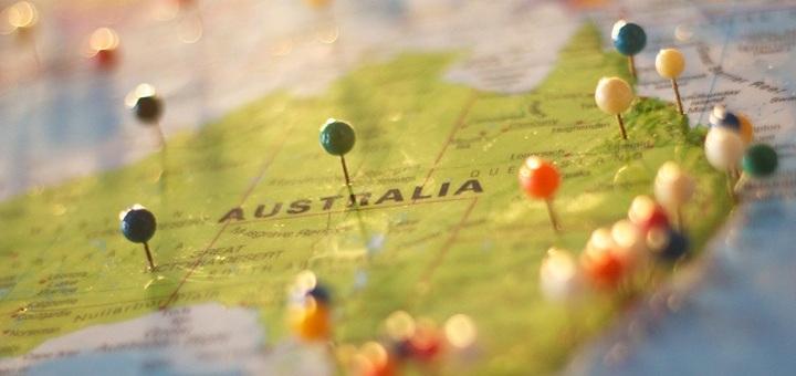 Austrálie láka mnoho mladých