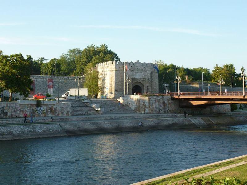 Pevnost u řeky Nišava
