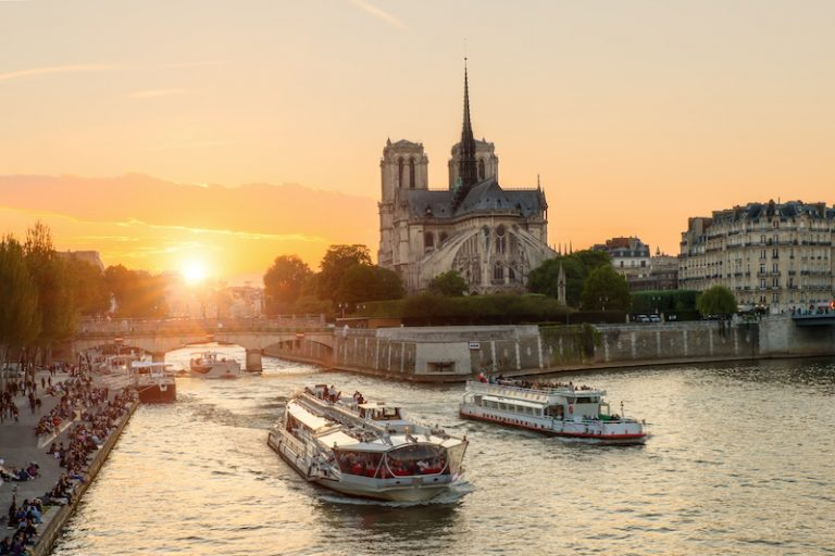 Seina Notre Dame Paříž