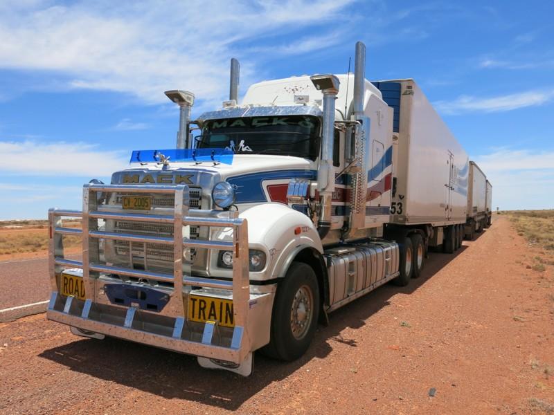 Kamion Road Train v Austrálii