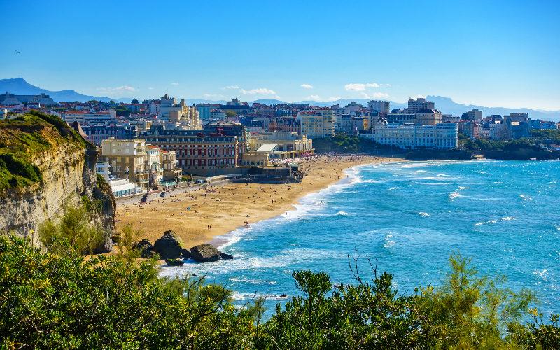 Pobřeží města Biarritz