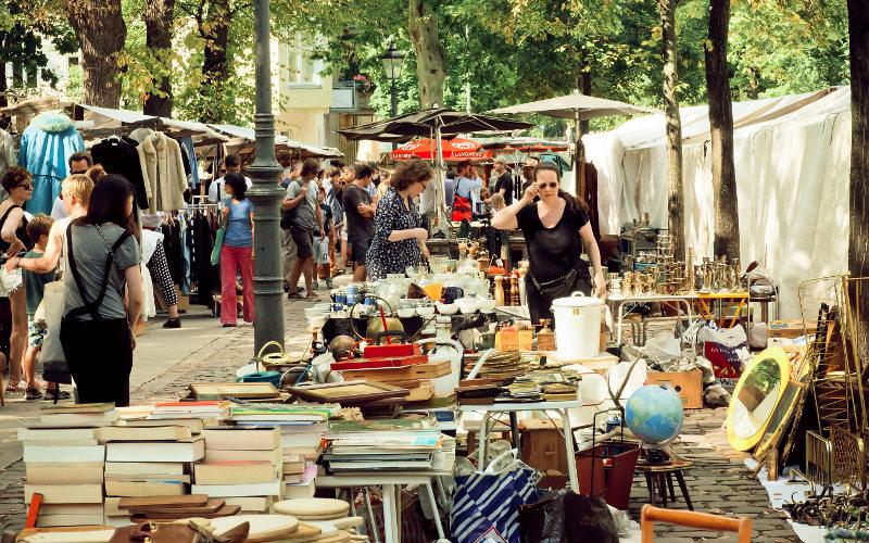 Trh v Mauerparku Berlín