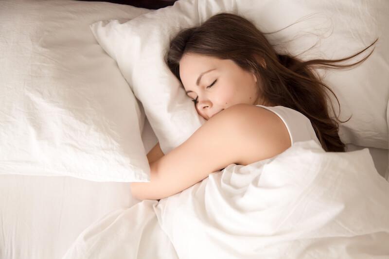 Spánek před cestou